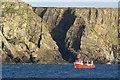 HP6515 : Creel boat below the banks of Lamba Ness : Week 42