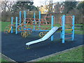 Dist:0.1km<br/>This climbing frame is in Abbey Estate's Small play area shown in[[1086053]]