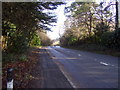 SU4217 : Winchester Road / Bournemouth Road, Chilworth - looking towards the bridge over the M3 by peter clayton