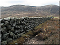 J2923 : Mourne Wall, Slievenaglogh by Rossographer