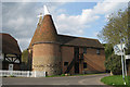 TQ5758 : Nearly Corner Oast, Heaverham Road, Kemsing, Kent by Oast House Archive