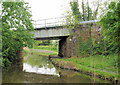 SO9263 : Railway Bridge, Worcester and Birmingham Canal by Pierre Terre