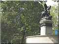 TQ2980 : Royal Artillery memorial on the Mall by Stephen Craven