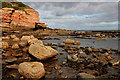 NU0054 : The shore to the north of Berwick Holiday Park : Week 41