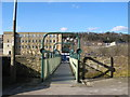 SE1538 : Footbridge over the River Aire at Shipley by Stephen Armstrong