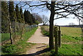 TQ7836 : Junction of High Weald Landscape Trail and a footpath from Sissinghurst by Nigel Chadwick