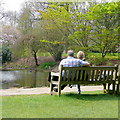 TQ1876 : Relaxing at Kew by Jonathan Billinger