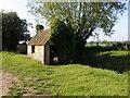 SP5015 : Road side shed, Hampton Poyle by Michael Trolove