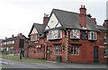 SD9004 : The Dog Inn, Chadderton by Alan Murray-Rust
