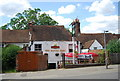 SU9949 : The Royal Oak, Sydenham Rd by N Chadwick