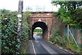 TQ5941 : Narrow Railway Bridge, North Farm Rd by N Chadwick