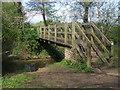 SU0194 : Thames Path by Shaun Ferguson