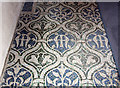 TQ2276 : St Mary, Church Road, Barnes - Mosaic floor by John Salmon