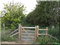 TM0633 : Gate to footpath by Roger Jones