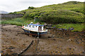 NB0407 : Boat at low tide at Amhuinnsuidhe by Mike Pennington