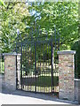 TQ3374 : Entrance gates to the Old Burial Ground, Dulwich Village by Marathon