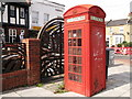 TQ3475 : K2 Telephone Box, Peckham Rye by David Anstiss