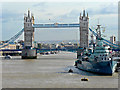 TQ3380 : The River Thames with Tower Bridge and HMS Belfast by Mick Lobb