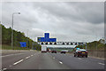TQ4898 : M25 - approaching junction 27  1/2 mile sign by Robin Webster