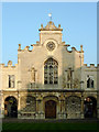 TL4457 : The Chapel at Peterhouse, Cambridge by Roger  Kidd
