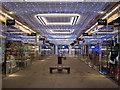 ST7564 : Bath - Bathgate Shopping Centre Ready for Christmas : Week 48