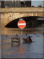 SE6051 : York: no entry into the River Ouse : Week 50