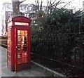 TQ2480 : K2 Telephone Box, Norbury Square, Kensington by David Anstiss