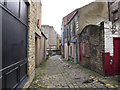 SE1633 : Duck Lane, Bradford by Stephen Craven