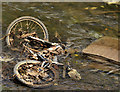 J3674 : Discarded bicycle, Belfast by Albert Bridge