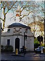 TQ2782 : Hanover Gate Lodge, Park Road NW1 by R Sones