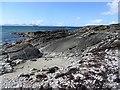NR7454 : Beach and rocks, Ronachan : Week 17
