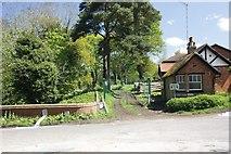 TQ0247 : Gatehouse by the gate by Bill Nicholls