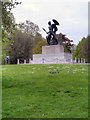 TQ2880 : Hyde Park, Wellington Monument by David Dixon