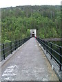 NH2727 : Walkway on Loch Beinn a' Mheadhoin dam by Dave Fergusson