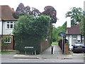 TQ0997 : Path to Cassiobury Park, Watford by Malc McDonald