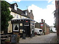 TQ7570 : The Tudor Rose, Upper Upnor by Oast House Archive