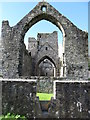 J1911 : The east window of Carlingford Abbey by Eric Jones