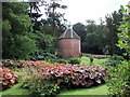 TL7835 : 18th Century Dovecote in grounds of Hedingham Castle by PAUL FARMER
