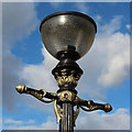 TQ4279 : Street lamp at Defiance Walk by Oast House Archive