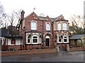 SE3015 : The Station public house, Dennington by Ian S
