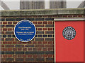 TQ3280 : Blue plaque on the Globe Theatre by Stephen Craven