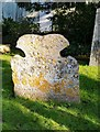 TQ2597 : Tombstone with skull and cross-bones, Monken Hadley churchyard : Week 5