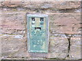 SE1503 : Ordnance Survey Flush Bracket 733 by Peter Wood