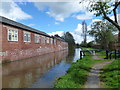 SK5979 : Chesterfield Canal and towpath by SMJ