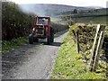 H5093 : A smoky tractor, Glenga : Week 18