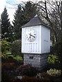 NO6995 : Tee-off Clock by Stanley Howe