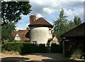 SU7587 : Round House, Fawley by Des Blenkinsopp