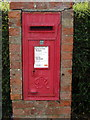 SP9943 : George VI postbox on Lower Shelton Road by Philip Jeffrey