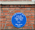 Photo of Louis MacNeice blue plaque
