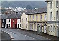 SO0428 : Houses in Free Street, Brecon : Week 13
